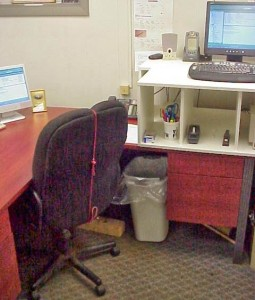 SIT STAND DESK FOR GREATER HEALTH